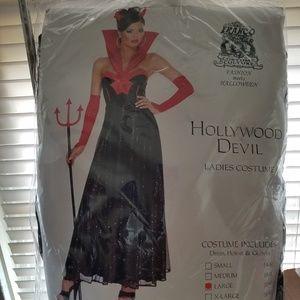Dresses & Skirts - Hollywood Devil full Costume